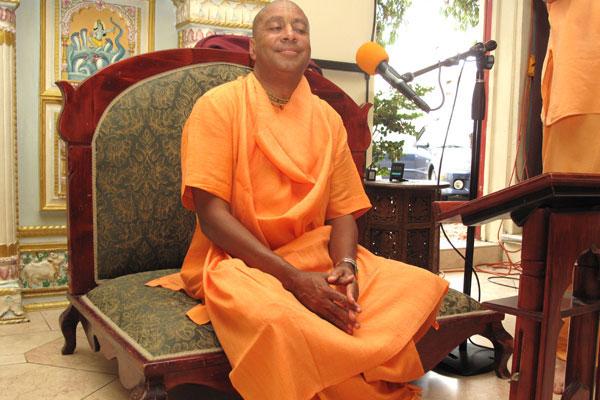 devamrita-swami